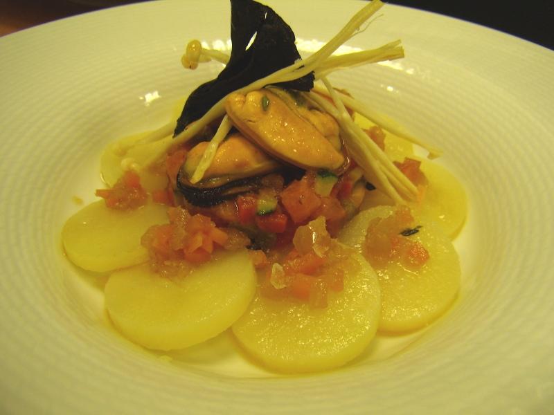 Ensalada de patata con mejillones en vinagreta